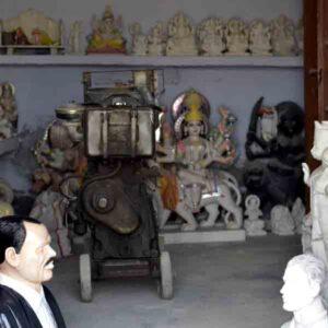 Common storage facility used as a craft shop in Patharkatti, Gaya, Bihar.