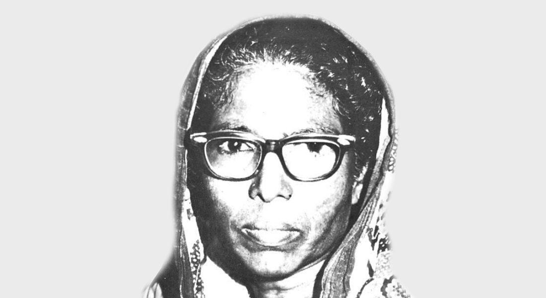 Late Chakravarti Devi, Manjusha artist, Bhagalpur, Bihar.