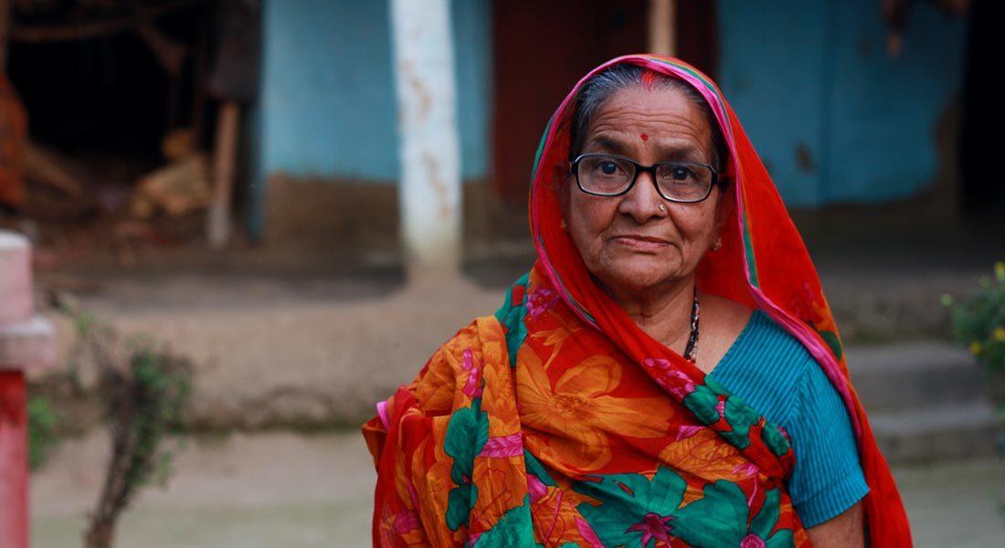 Leela Devi, National awardee, Mithila painting, Rashidpur, Madhubani, Bihar. Photo: Folkartopedia archive
