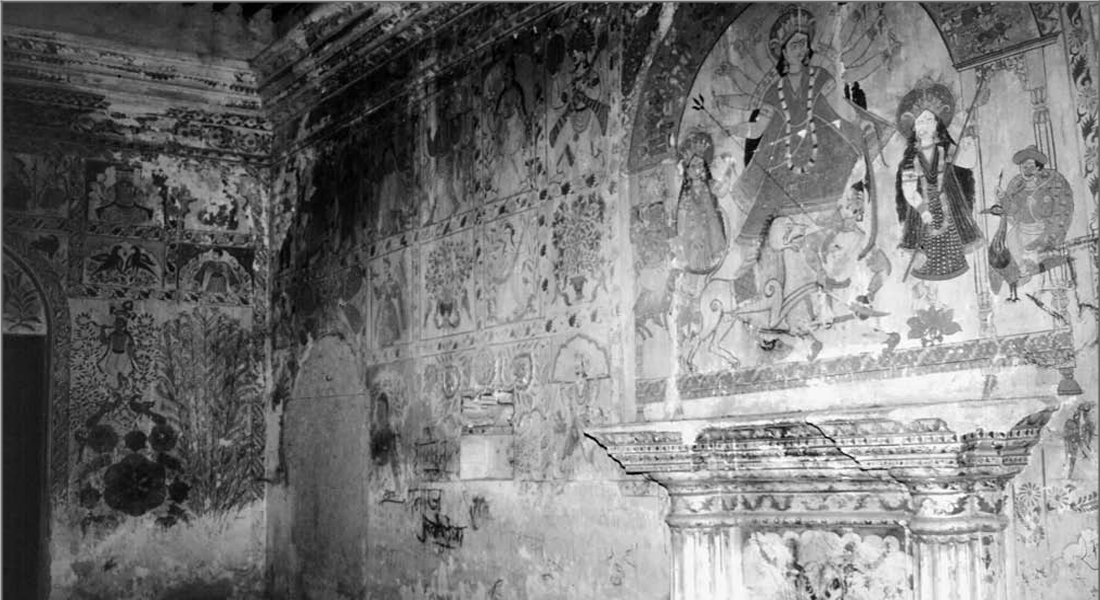 Corner of painted interior of kohbara ghar of the daughter of Maharaja Rameshwar Singh for her 1919 marriage. The wall has been divided into four tiers, each divided into rectangular panels that contain complete paintings of one or two themes. Broad borders of scrollwork and vines separate individual paintings. Photographed in 1996. Source: Original Paper