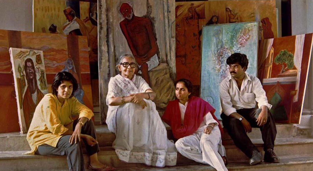 Kumud Sharma, artist (second from left). Credit: Shailendra Kumar, Photographer, Patna