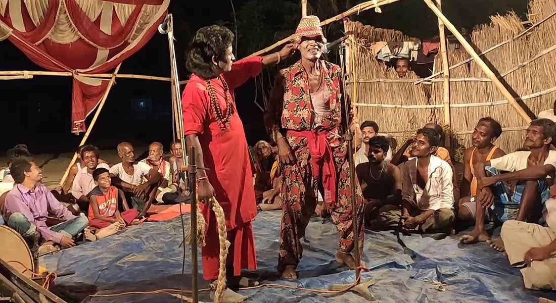 A scene of folk theatre Sorathi-Brijbhar. Image details awaited.