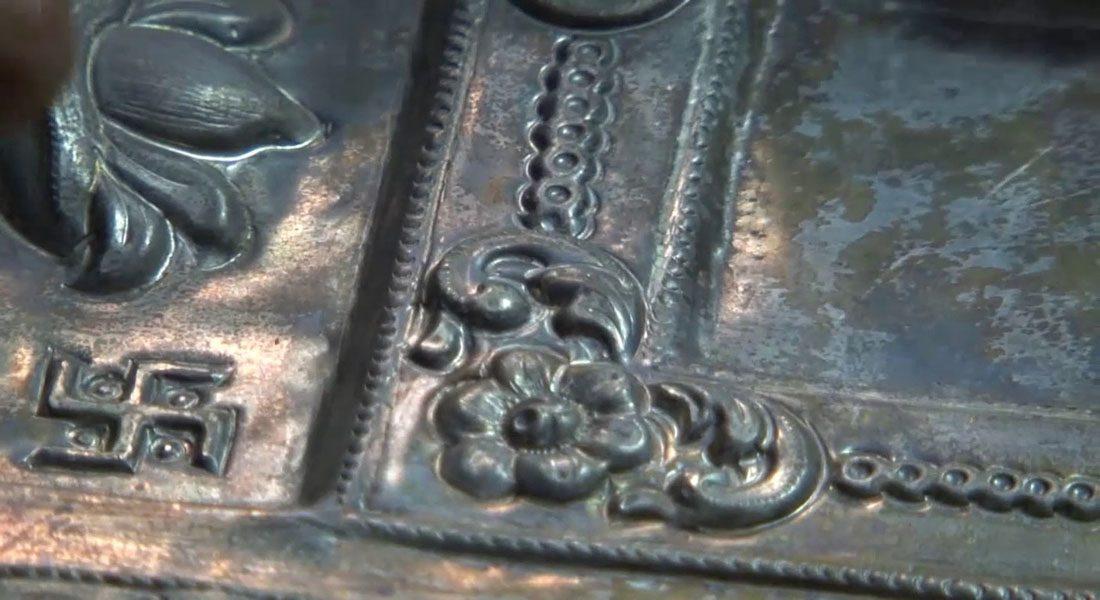 Engraving work on metal in Varanasi, Uttar Pradesh